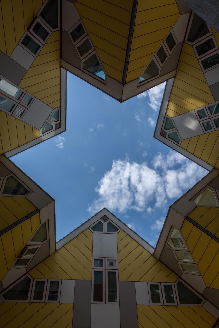 Роттердам - Кубические дома Роттердам Роттердам (Rotterdam), Нидерланды Rotterdam Cube Houses