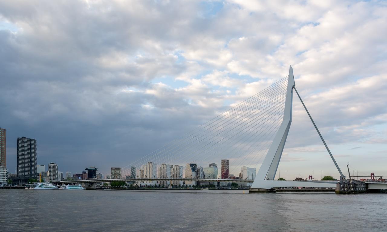 Роттердам - Эразмусбруг Роттердам Роттердам (Rotterdam), Нидерланды Rotterdam Erasmusbrug
