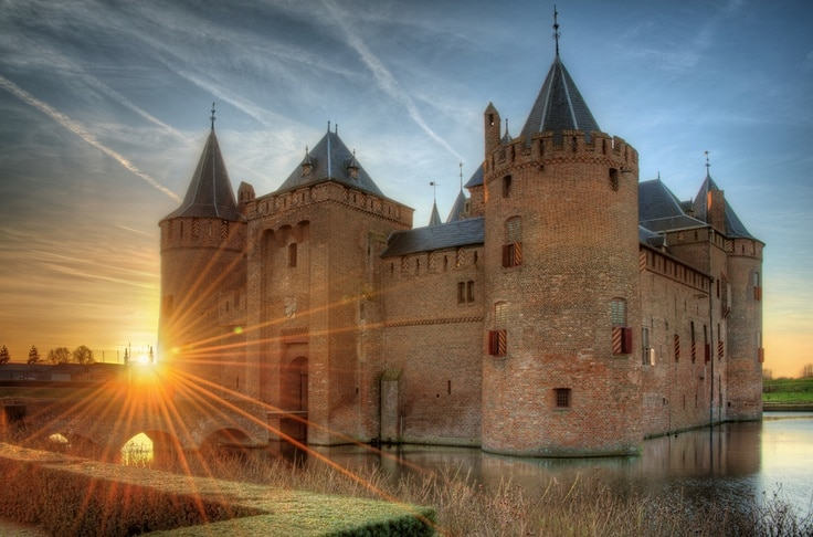 Muiderslot Castle Wide